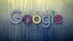 Egy hacker és a Google ellopta az életemet! kép