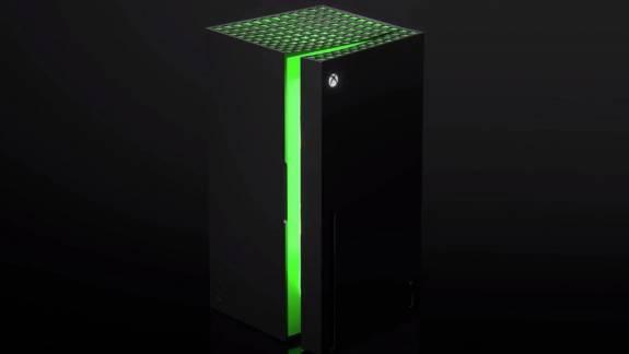 Máris nyerészkednek az Xbox minihűtőn kép