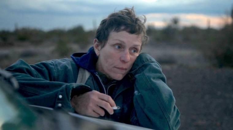 Ismét az Oscar-díjra hajt Frances McDormand a Nomadland magyar előzetesében kép