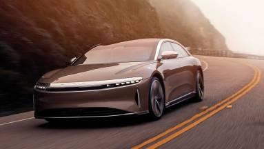 Tőzsdére megy a Tesla-rivális Lucid kép