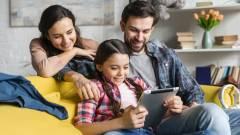 Így védd meg a család összes eszközét az online fenyegetésektől! kép