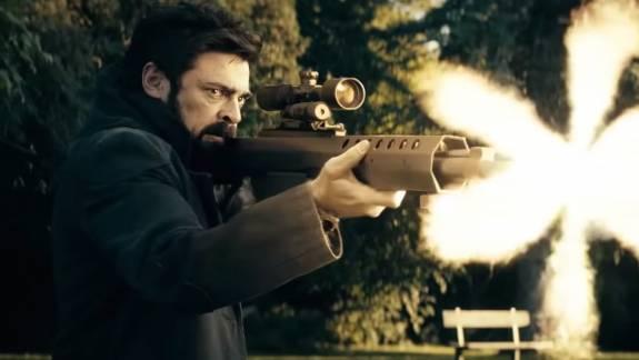 A vaktöltényes kellékfegyverek elhagyását kezdeményezi a The Boys showrunnere kép