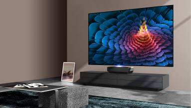 Hisense 100L5F-B12 teszt - mit tud egy 254 centis tévé? kép