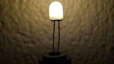 Csökkentett kékfényt kibocsátó LED-et fejlesztettek az álmatlanság kivédésére kép