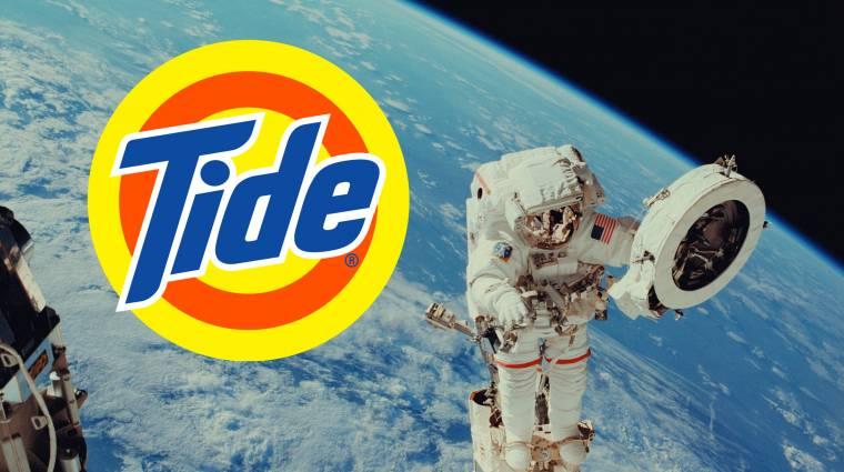A Tide-dal mosná az űrhajósok ruháit a NASA kép