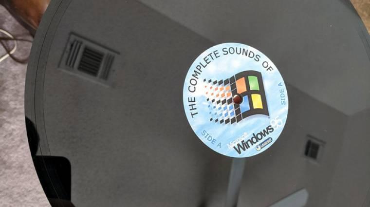 Ez már túl retró: valaki bakelit lemezt csinált a Windows 95 hangjaival kép