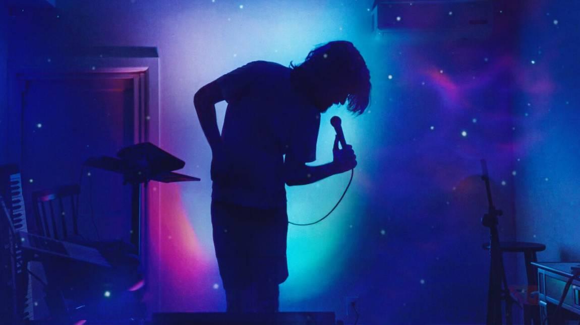 Bo Burnham: Inside - Kritika kép