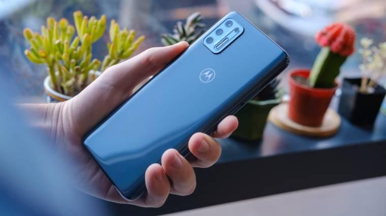 Megfizethető 5G-s mobillal megy neki a Motorola a Samsung Galaxy Note 21-nek? kép