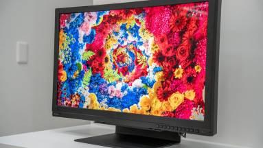 1000 nites 8K monitort villantott a Sharp kép