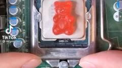 Napi büntetés: vajon használhatunk gumimacit is, ha épp nincs kéznél hűtőpaszta? kép