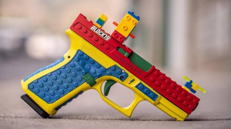 Napi büntetés: olyan borítást mutatott be egy cég, amivel LEGO-fegyvernek álcázható egy igazi pisztoly bevezetőkép