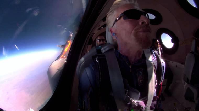 Richard Branson és a Virgin Galactic gépe eljutott az űr határáig kép