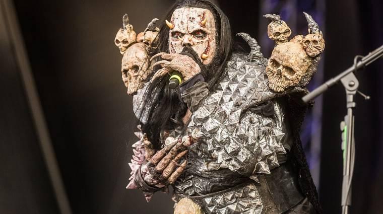 A Lordi frontembere teljes jelmezben oltatta be magát bevezetőkép