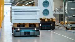 Izomrobotok a nehéz tárgyak szállítására kép