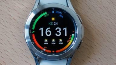 Samsung Galaxy Watch4 Classic teszt - erre képes ma az androidos okosórák krémje kép