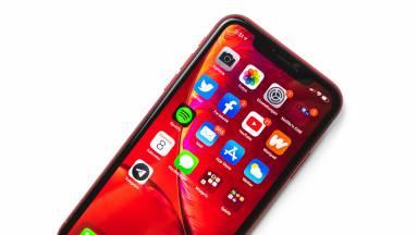 Mégis új dizájnt kap az iPhone SE 3? kép