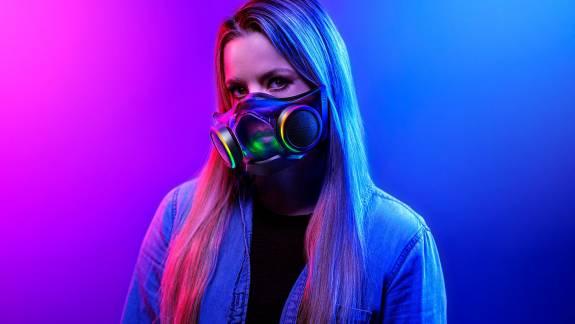 Keményen rárepültek a nyerészkedők a Razer RGB-s maszkjára kép