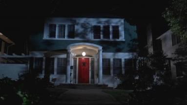 Eladó a ház a Rémálom az Elm utcában-ból, kukkants be te is! kép