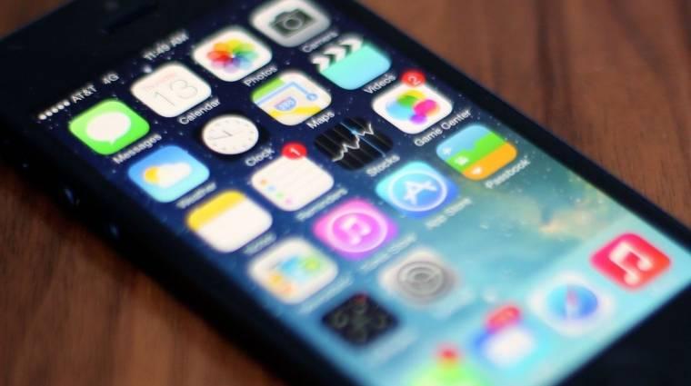 Az iOS 7 miatt használhatatlan szemét lett az iPhone 4 kép