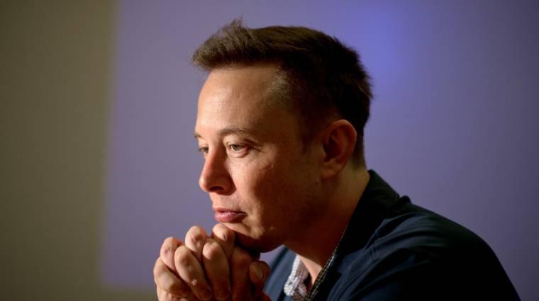 Elon Musk tényleg megcsinálta a Vasember futurisztikus interfészét kép