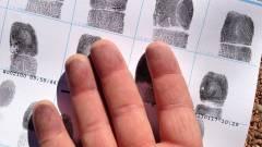 A kijelző alá kerül a Galaxy S5 ujjlenyomat-olvasója? kép