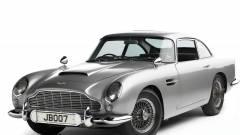 Pedálos Moszkvics helyett Aston Martin, hárommillióért  kép
