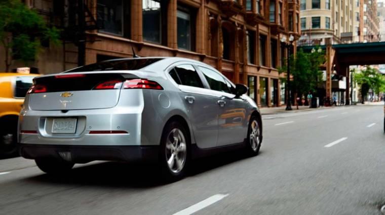Olcsóbb elektromos autón dolgozik a GM kép