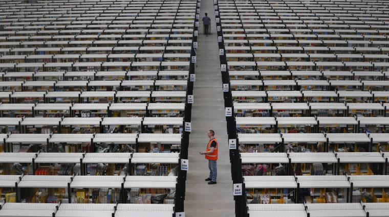 Robothadsereg az Amazon raktáraiban kép