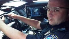 Dubaiban a rendőrök is Google Glass-t hordanak kép