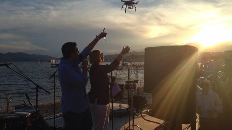 Paparazzi drónnal újított a Twitter kép