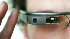 Gondolatvezérléssel fényképez a Google Glass kép