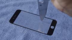 Félnek a zafírüvegtől a mobilgyártók kép