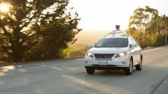 """A Google 25 """"robotautója"""" száguldozhat a kaliforniai utakon kép"""