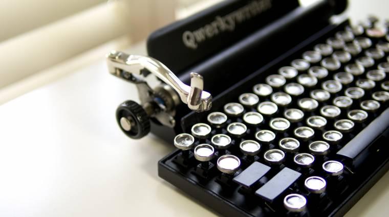PC-hez és tablethez is jó az írógépszerű billentyűzet kép