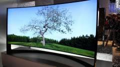 Hajlított tv mellé hajlított hangrendszer dukál kép