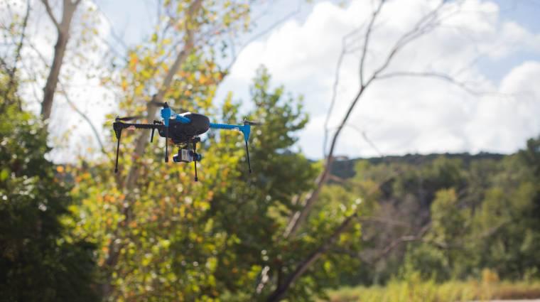 Bárhová követ minket a 3D Robotics IRIS+ drónja kép