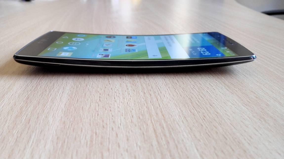 LG G Flex2 teszt - Szokatlan ívek kép