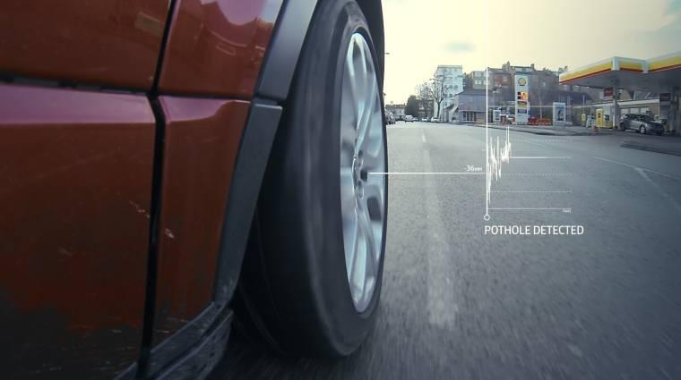 Kátyúkerülő rendszeren dolgozik a Jaguar Land Rover kép