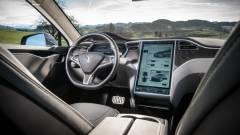 Meghackelték a Tesla Model S-t kép