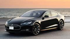 Az utak tölthetik majd az elektromos autókat kép