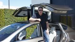 Az Apple azokat alkalmazza, akiket a Tesla kirúg kép