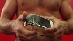 Ez lesz az iPhone 6S-ből, ha falhoz rúgja egy MMA-harcos kép