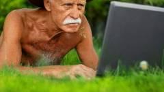Nagyapád is rákattant a közösségi oldalakra kép