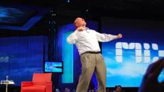 Steve Ballmer két ügy kapcsán is kritizálta a Microsoftot kép
