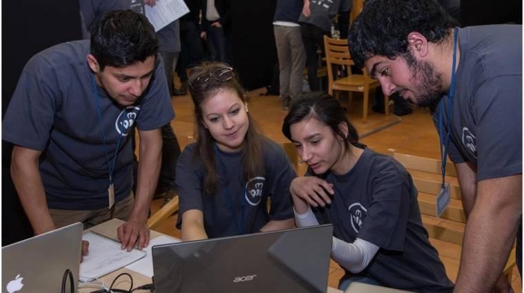 BeeSmarter: mobilos fejlesztői verseny középiskolásoknak is kép
