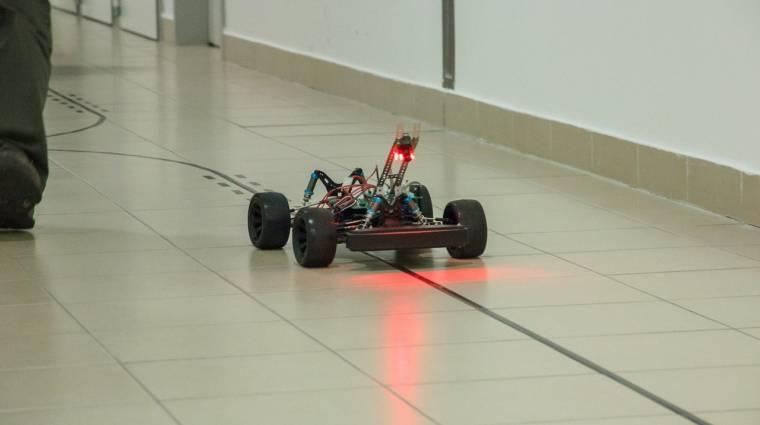 Nyílt robotautó-verseny most szombaton a BME-n kép