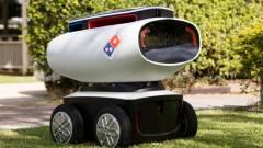 Autonóm pizzaszállító robotot tesztel a Domino kép