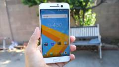 Két Google Nexus készüléken dolgozik az HTC kép
