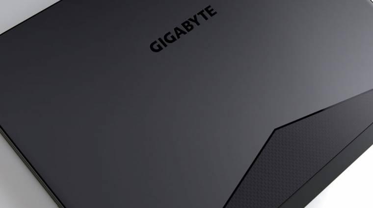 Kicsi gamer notebook, hatalmas akkuval kép
