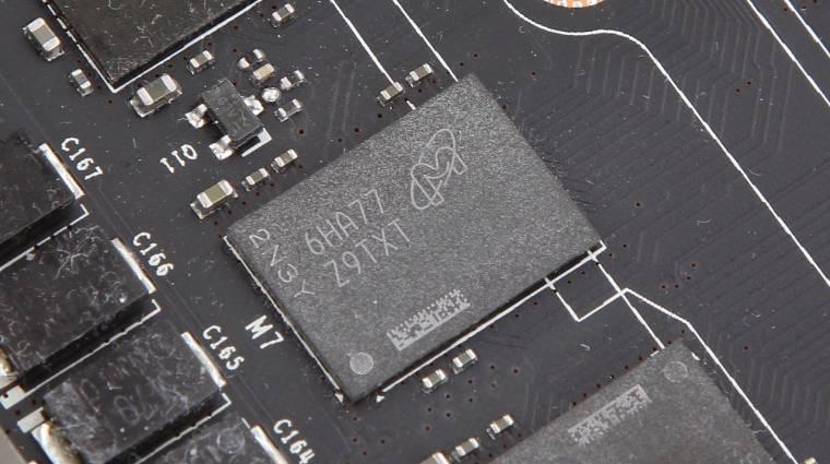 Képeken a GDDR5X memórialapka kép